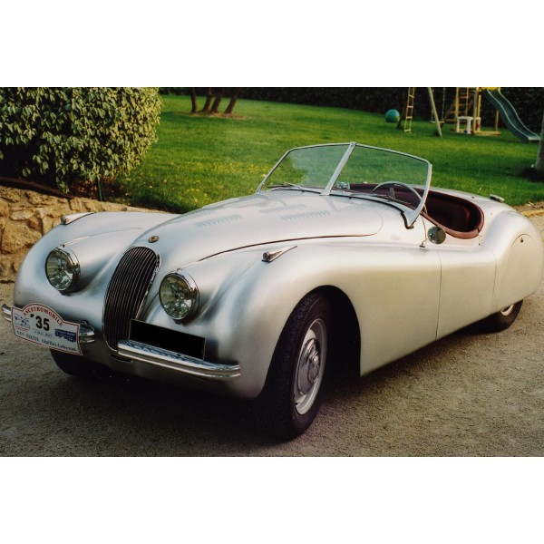 location auto retro collection jaguar xk 120 cabriolet 1950. Black Bedroom Furniture Sets. Home Design Ideas