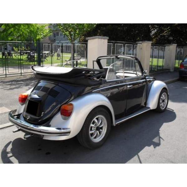location auto retro collection volkswagen coccinelle cabriolet 1974. Black Bedroom Furniture Sets. Home Design Ideas