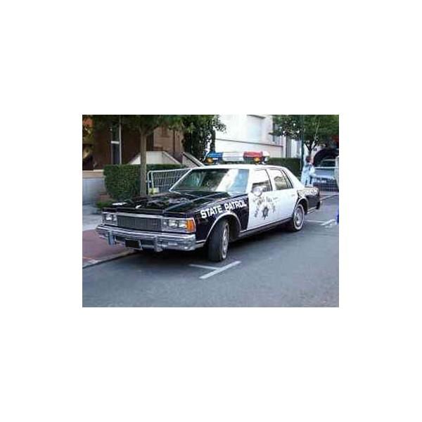 location auto retro collection chevrolet v hicule de police 1980. Black Bedroom Furniture Sets. Home Design Ideas