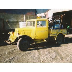 location auto retro collection citroen u23 camion de d pannage 1950. Black Bedroom Furniture Sets. Home Design Ideas