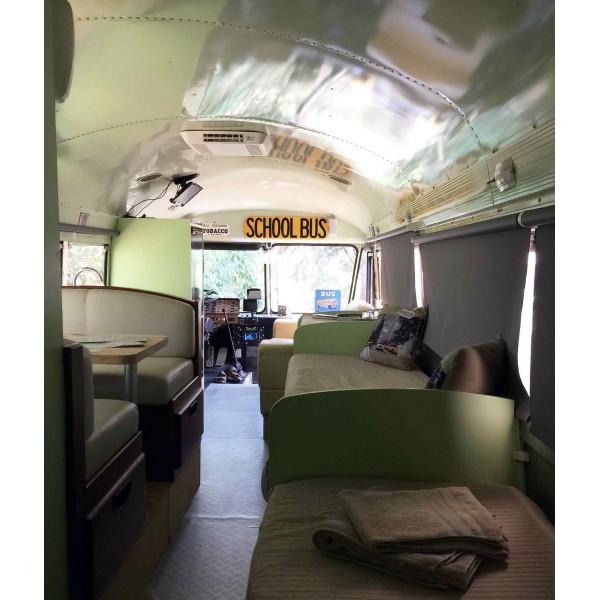 Connu Location auto retro collection - school bus de 1985 aménagé en  TA85