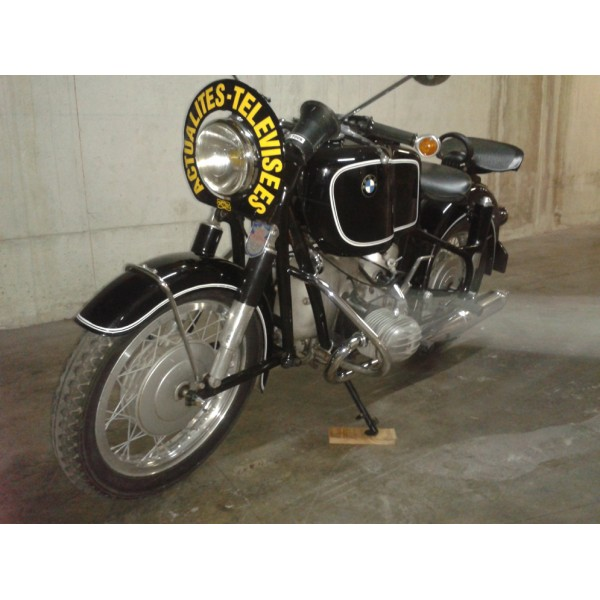 location auto retro collection moto bmw r60 1964. Black Bedroom Furniture Sets. Home Design Ideas