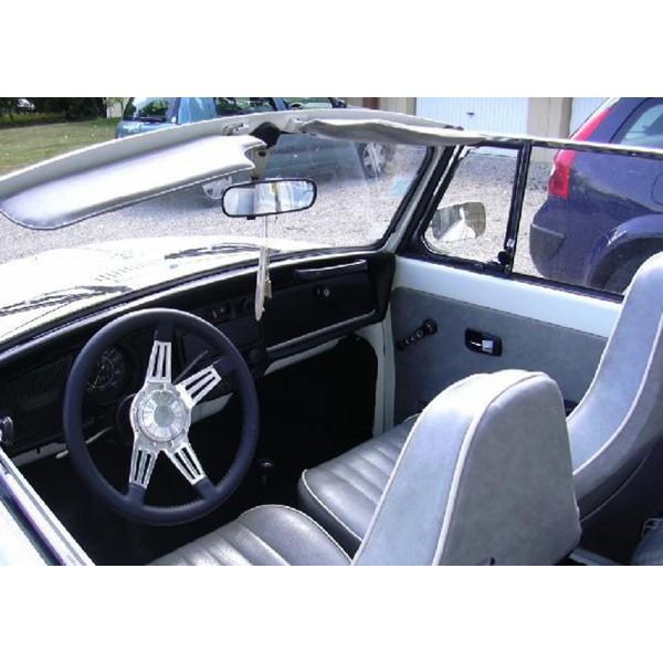 location auto retro collection volkswagen coccinelle. Black Bedroom Furniture Sets. Home Design Ideas