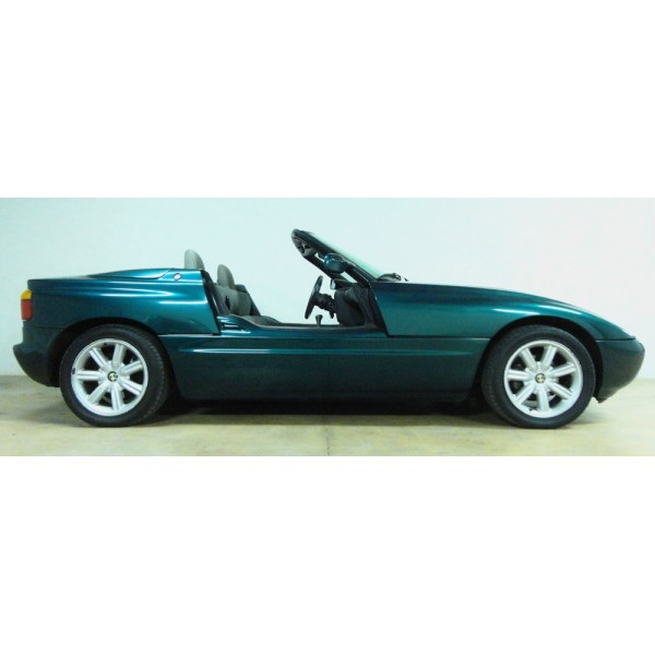 location auto retro collection bmw z1 1990 cabriolet. Black Bedroom Furniture Sets. Home Design Ideas