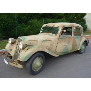 location auto retro collection citroen traction 7 c 1937 camoufler voiture r quisitionn s. Black Bedroom Furniture Sets. Home Design Ideas