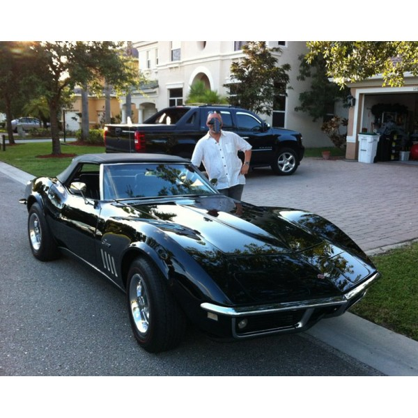 location auto retro collection chevrolet corvette stingray 1969 cabriolet. Black Bedroom Furniture Sets. Home Design Ideas