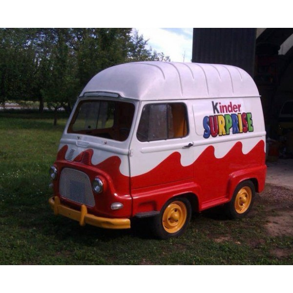 location auto retro collection renault estafette oeuf kinder surprise 1970. Black Bedroom Furniture Sets. Home Design Ideas