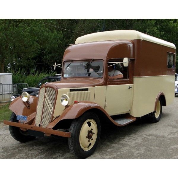 location auto retro collection citroen t23 camping car de 1938. Black Bedroom Furniture Sets. Home Design Ideas