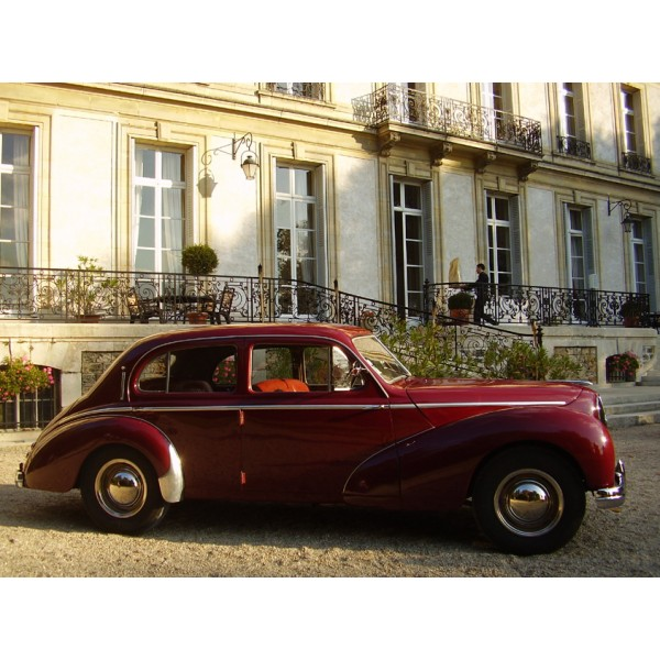 location auto retro collection hotchkiss berline anjou bordeaux 1951. Black Bedroom Furniture Sets. Home Design Ideas